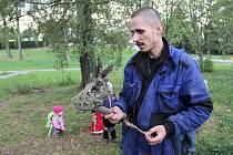 Novoměstský arborista Michael Fiala přiblížil svoji práci i členům žďárského Českého svazu ochránců přírody.