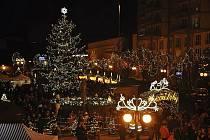 Zahájení adventu a rozsvícení vánočního stromu.