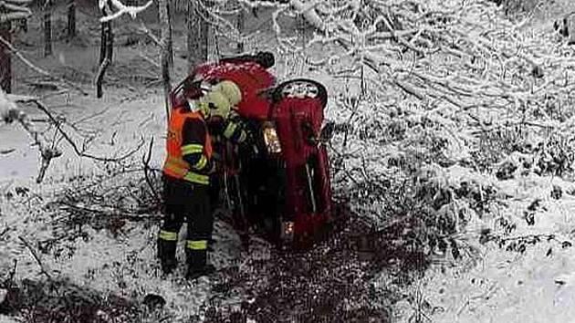 Nehoda se obešla bez zranění.