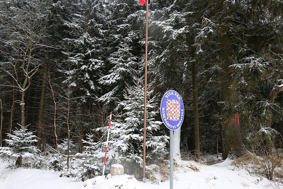 Hranice Čech a Moravy u Sirákova.