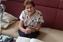 Marie Burešová nechtěla jít do domova pro seniory, ale žít doma. Ukázalo se, že tato cesta je schůdná.