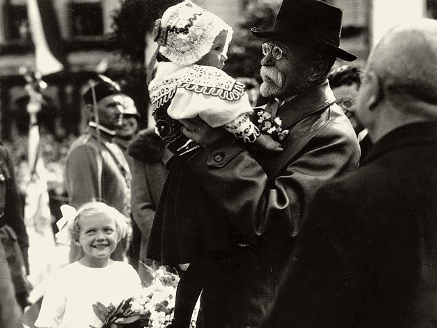 Ve Žďáře v sobotu uvítají Masaryka