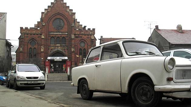 Synagoga ve Velkém Meziříčí slouží obchodníkům.