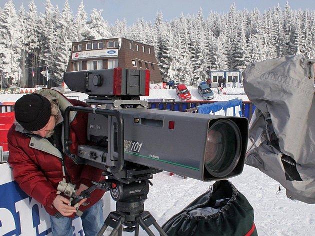 Rada Tour de Ski na základě tlaku televizních společností neustále zvyšuje požadavky na pořadatele jednotlivých závodů. Těm se nelíbí hlavně termín seriálu. Přelom roku považují za velmi nevhodný.