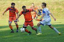 Fotbalisté Radešínské Svratky doplatili v utkání s Hartvíkovicemi na svoji střeleckou nemohoucnost. Nováčkovi doma podlehli 1:2.