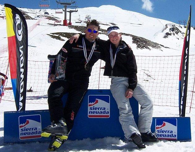 Zdeněk Šafář s Jitkou Šitkovou - dva úspěšní lyžaři z Velkého Meziříčí