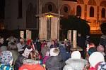 Betlém byl poprvé nainstalován před kostelem svaté Kunhuty v loňském adventu.