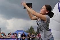 S letošní účastí silných mužů i žen byli organizátoři v Polničce spokojeni, přestože se v okolí konala řada atraktivních festivalů a slavností. Neobvyklá soutěž v Polničce zkrátka pořád láká.