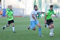 Z předchozích čtyř domácích utkání letošního ročníku MSFL vybojovali fotbalisté Nového Města na Moravě (v zelených dresech) pouze jediný bod.