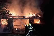 Středeční požár v Josefově.