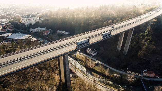 Ředitelství silnic a dálnic o víkendu zprovozní šest kilometrů dlouhý úsek na dálnici D1.