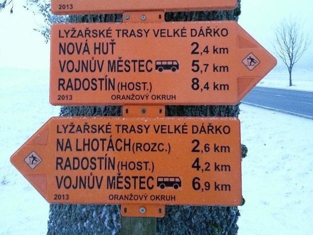 Okolí Vojnova Městce bylo před dvěma lety osázeno turistickými značkami pro běžkaře. Kvůli slabým zimám ho však zatím využil málokdo.
