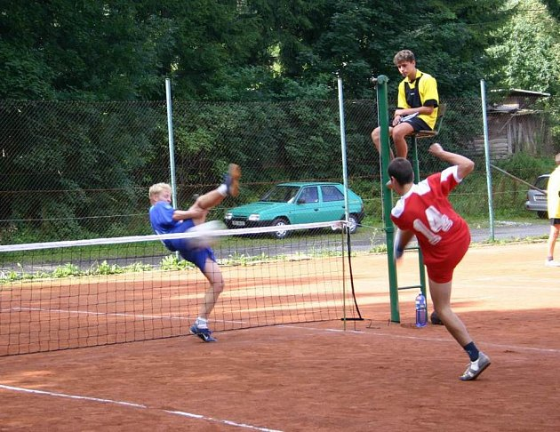 Tomáš Jána prohrál čtvrtfinále těsně 1:2.