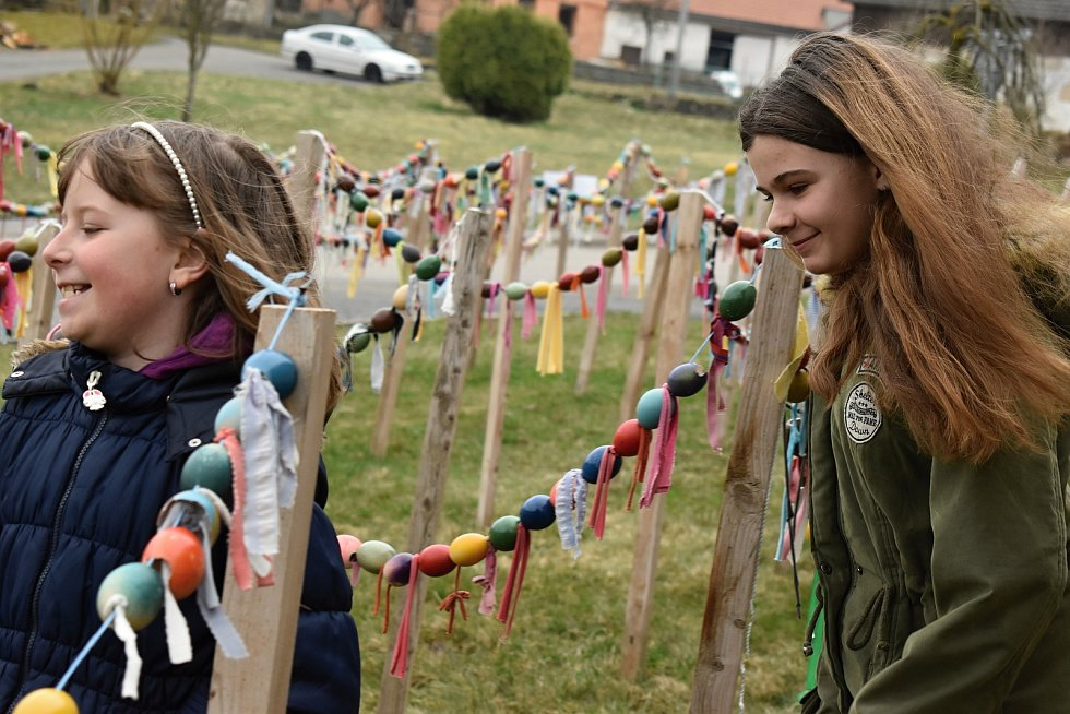 Děti z Rosičky o velikonoční pomlázku nepřišly.