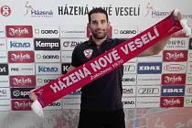 Na pravé spojce házenkářů Nového Veselí bude od nové sezony operovat Srb Marko Živojinovič.