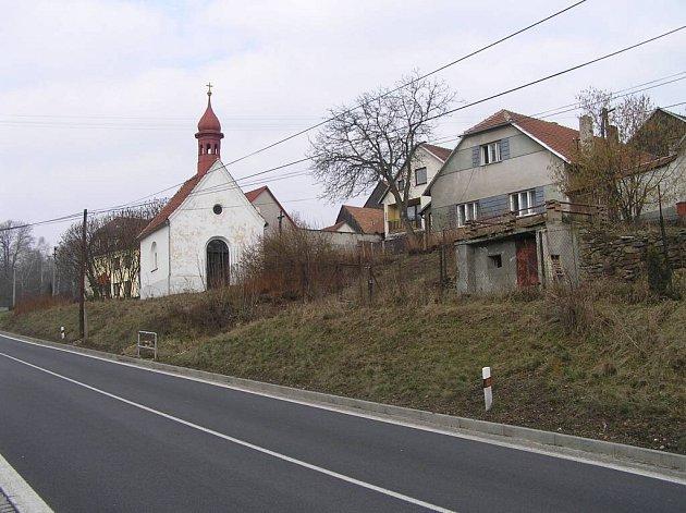 Mezi bystřické místní části, kde se nebude moci tři roky mimo intravilán stavět, patří také Lesoňovice.