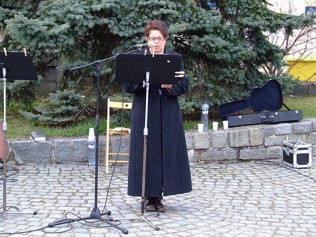 Do akce Celonárodní čtení Bible se letos poprvé připojili také ve Žďáře nad Sázavou.