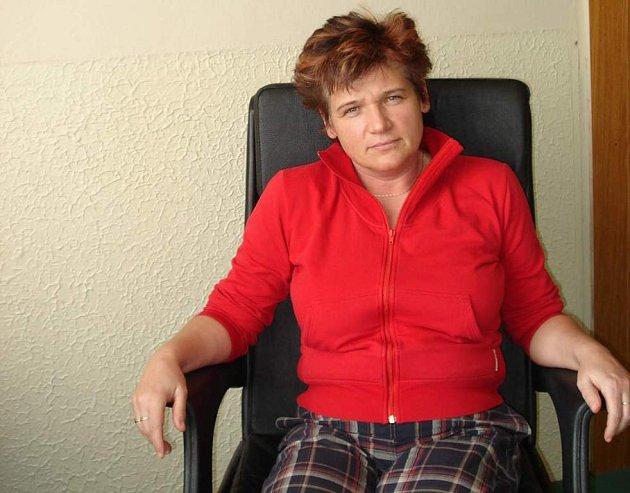Dagmar Kadlecová propaguje aerobik v Novém Městě na Moravě.