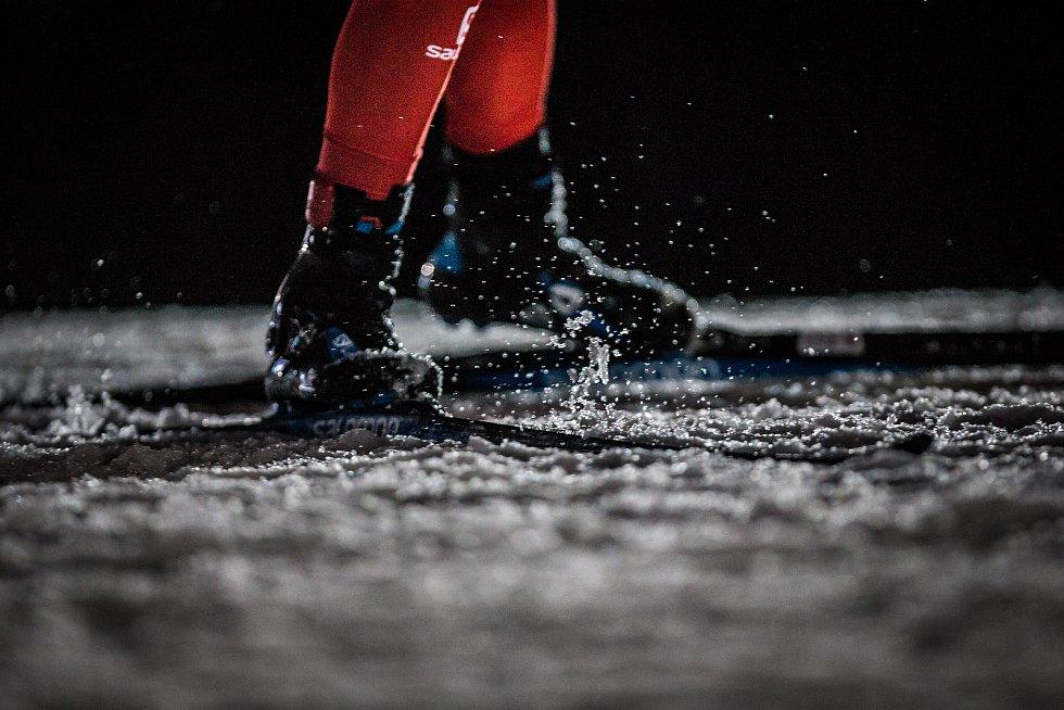 Stíhací závod žen na 10 km v rámci Světového poháru v biatlonu.