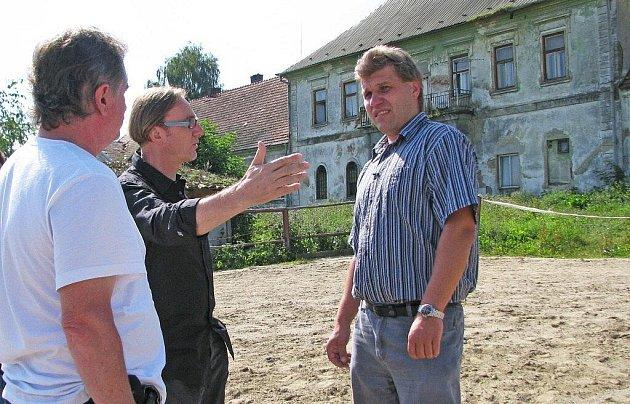 Filmaři si vybrali objekt Nový dvůr v Bystřici nad Perštejnem.