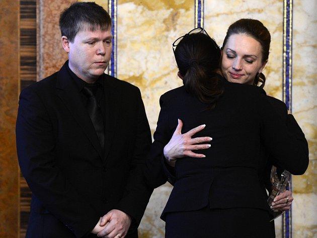 Cenu Michala Velíška za rok 2014 získal in memoriam šestnáctiletý student obchodní akademie ve Žďáře nad Sázavou Petr Vejvoda. Cenu předala rodičům pražská primátorka Adriana Krnáčová loni v prosinci.