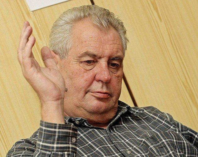 Miloš Zeman na besedě v Novém Veselí.