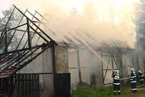 Požár v Dolní Libochové na Žďársku.