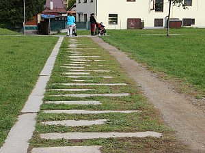 Žďárští chtějí zrušit regulační plán Farských humen, pak dostaví chodník
