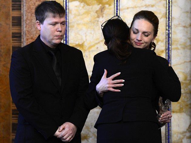 Cenu Michala Velíška za rok 2014 převzali 3. prosince v Praze rodiče Petra Vejvody.