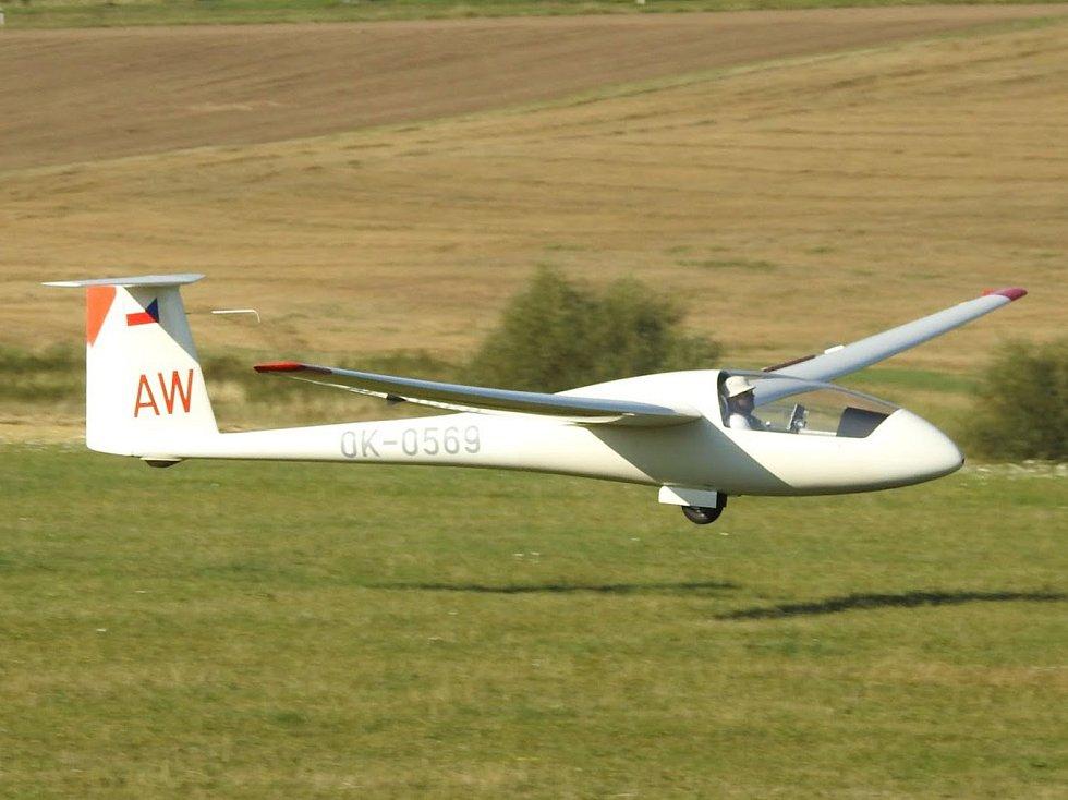 Nad letištěm v Křižanově plachtí od 6. srpna letadla, Plachtařské mistrovství regionů bude končit tento pátek.