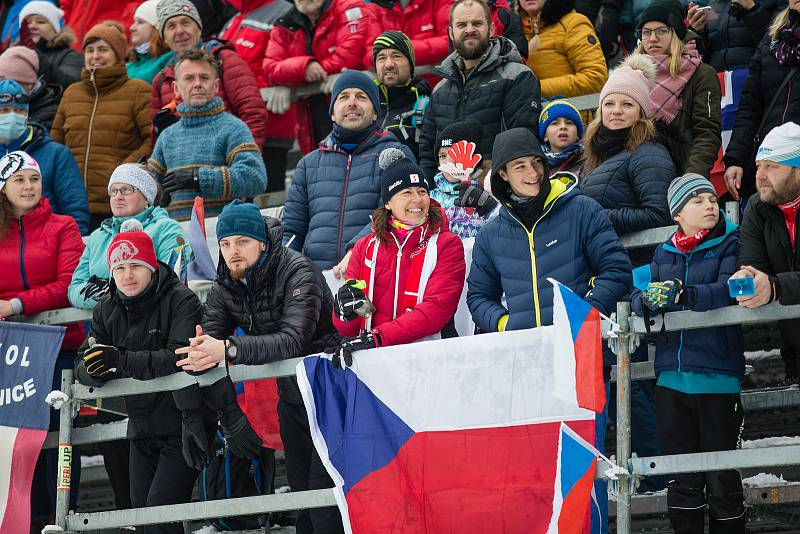 Ohlédnutí za Zlatou lyží 2020. Stíhací závod žen na 10 km klasicky v rámci Světového poháru v běhu na lyžích.