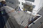 Bítešská škola prošla celkovou rekonstrukcí. Součástí jejího exteriéru jsou i hodiny.