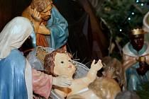 Narození Ježíše Krista si budou lidé o Štědrém dnu připomínat při tradičních půlnočních mších. Ve většině měst na Žďársku se budou sváteční bohoslužby konat také v odpoledních hodinách.