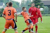 Martin Šustáček otevřel skóre zápasu už v 9. minutě. Jeho Křoví vyhrálo na jaře jako tradičně 5:1.