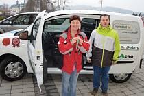 Domov Kamélie v Křižanově získal díky příspěvkům sponzorů nový automobil. V současnosti má domov 142 klientů a jeho pracovníci poskytují sociální služby pro osoby s mentálním postižením a jinými handicapy.