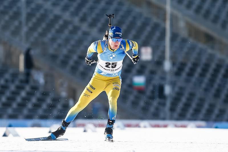 Sebastian Samuelsson v závodu Světového poháru v biatlonu v závodu sprintu mužů na 10 km.