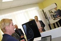 Mamograf s 3D zobrazením v novoměstské nemocnici je aktuálně nejmodernější na Vysočině.
