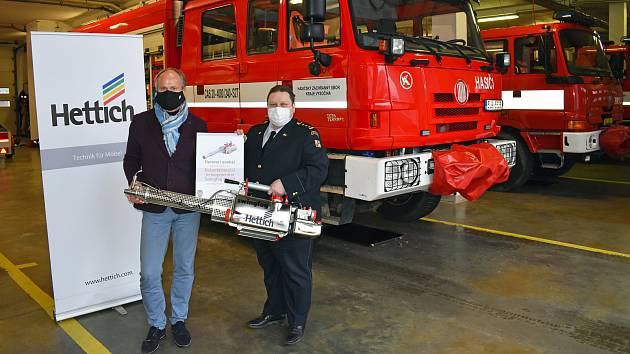 FOTO: Malé dělo pomůže žďárským hasičům s likvidací koronaviru