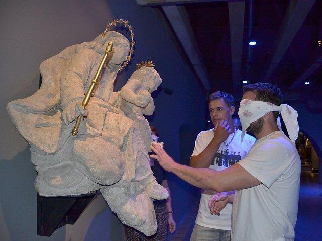 Hmat bude hodně pomáhat návštěvníkům netradičních prohlídek, které na sobotu 18. listopadu připravilo Muzeum nové generace v areálu žďárského zámku.