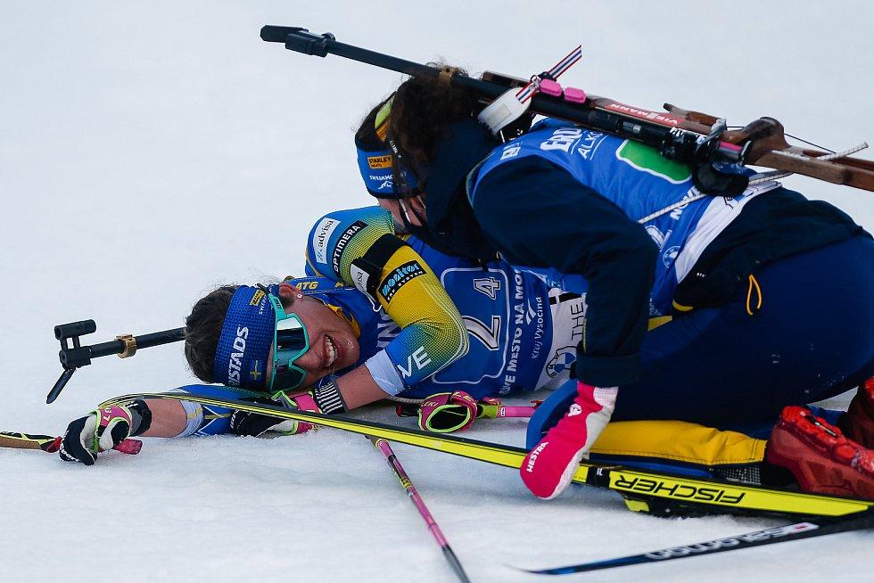 Závod Světového poháru v biatlonu - štafeta 4x6 km ženy.