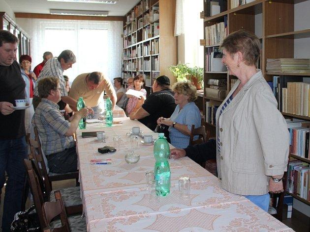 Už podesáté uspořádali pracovníci Státního okresního archivu ve Žďáře nad Sázavou setkání kronikářů.
