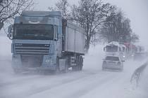 Neprůjezdná silnici I/38 mezi Stonařovem a Dlouhou Brtnicí na Jihlavsku.