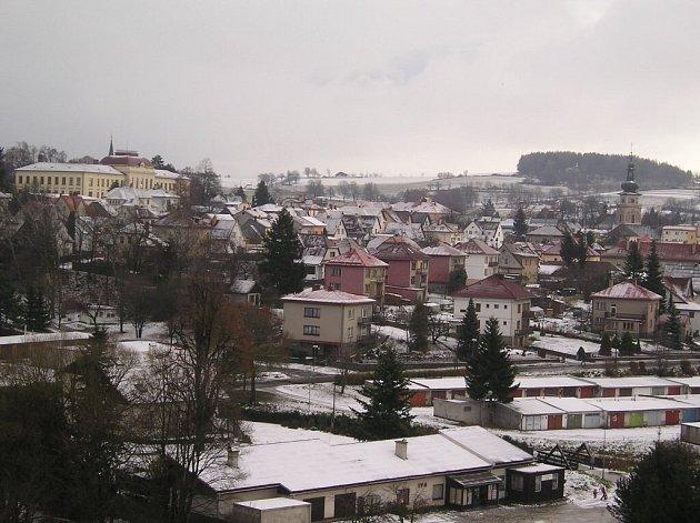 Zimní pohled na Nové Město na Moravě.
