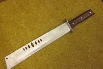 Mačeta se prodala za 395 korun.