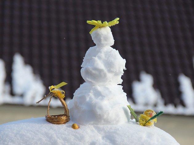 Velikonoční sněhulák.