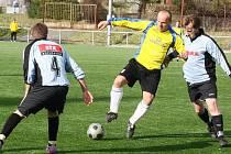 Fotbalisté Boroviny prohráli se Žďárem B 2:1, ale podle průběhu mohou být s tímto výsledkem více než spokojeni. Oba góly rezervy Žďasu vstřelil Vojtěch Zedníček (vpravo)