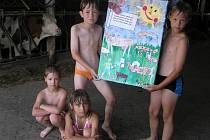 Den pobytu na farmě rodiny Němcových v Netíně vyhráli v soutěži Bílé moře Vysočiny druháčci ze třetí základní školy ve Velkém Meziříčí.