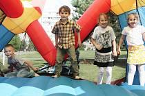 Při sportovním odpoledni čeká na děti ve Vojnově Městci skákací hrad, v Jámách a Malé Losenici zase vsadili na olympijské hry.