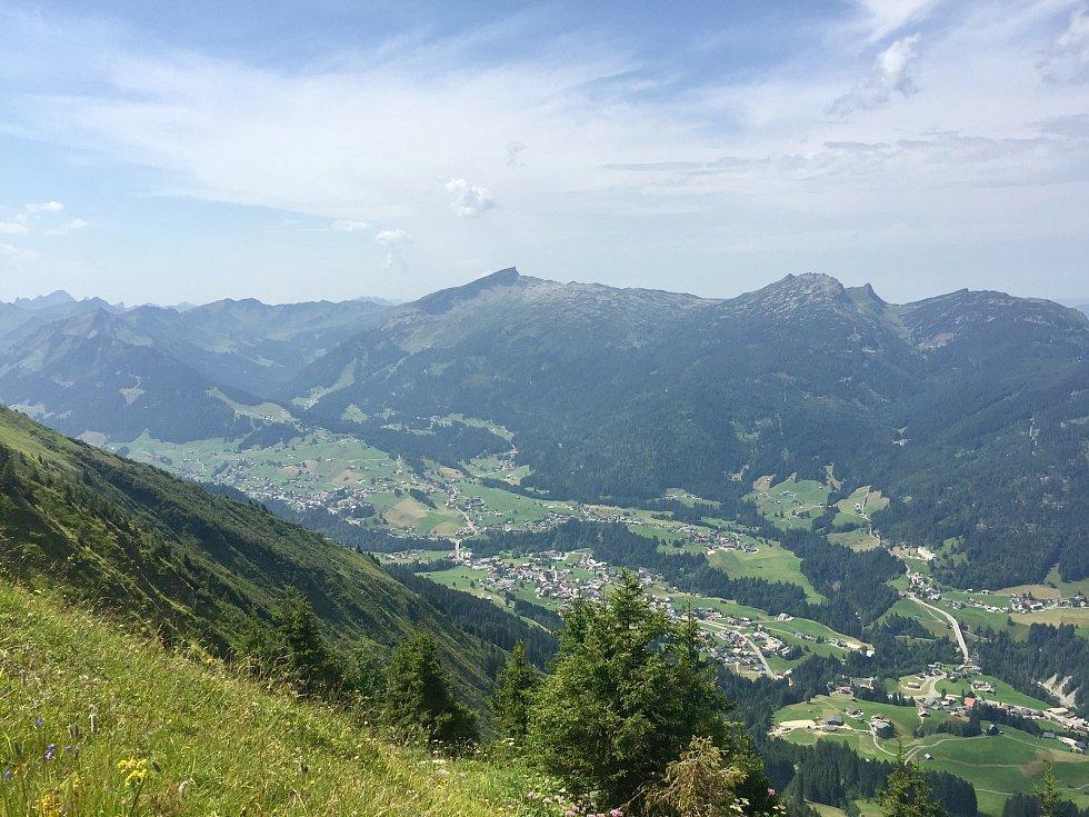 Pohled do údolí Kleinwalsertal