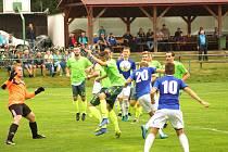 Úsměvné historky nabízí fotbalové zápasy nejen na okresní úrovni, ale často také i mezi profesionály.